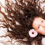O que fazer para ter cabelos longos bonitos e saudáveis?