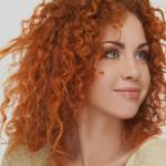 O cabelo muda de textura ao longo da vida? Descubra!